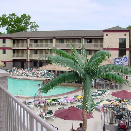 Outdoor Pool | Put-In-Bay Resort and Conference Center