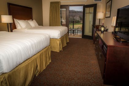 Guestroom | The Lodge at Old Kinderhook Golf Resort