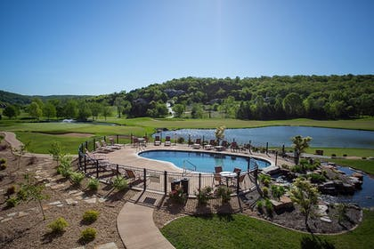 Outdoor Pool | The Lodge at Old Kinderhook Golf Resort