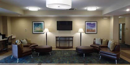 Lobby Sitting Area | Candlewood Suites Cut Off