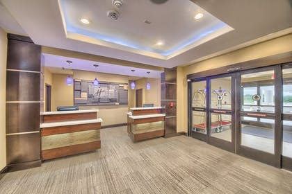 Lobby | Holiday Inn Express & Suites Carrizo Springs
