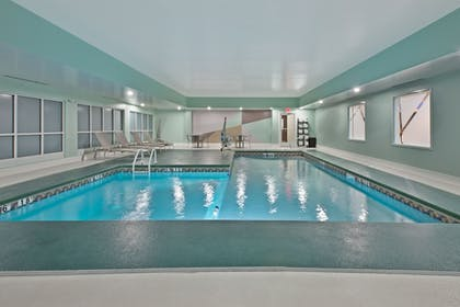 Pool | Holiday Inn Express & Suites New Cumberland