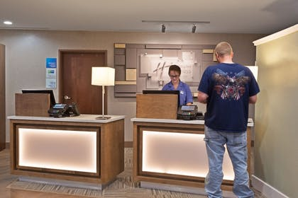 Lobby | Holiday Inn Express & Suites New Cumberland