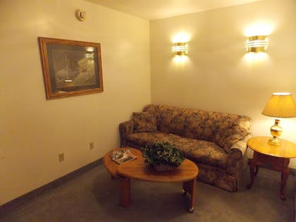 Living Area | Fairbanks Extended Stay