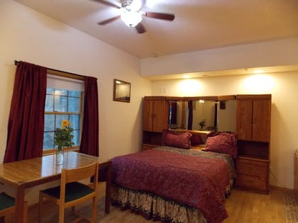 Guestroom | Fairbanks Extended Stay