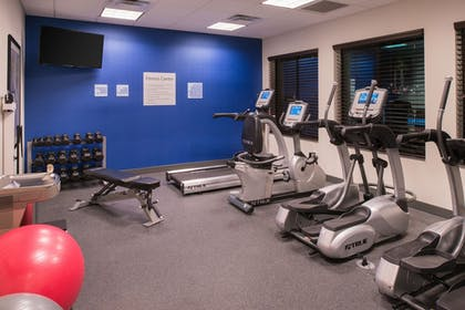 Fitness Facility | Holiday Inn Express & Suites Bakersfield Airport