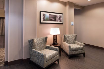 Hallway | Holiday Inn Express & Suites Bakersfield Airport