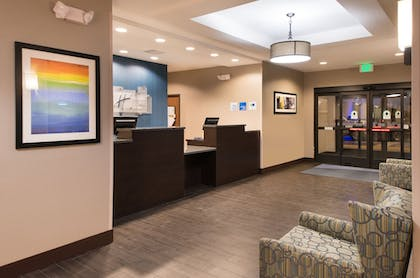 Hotel Interior | Holiday Inn Express & Suites Bakersfield Airport