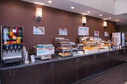 Restaurant | Holiday Inn Express & Suites Bakersfield Airport