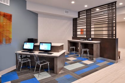 Business Center | Holiday Inn Express & Suites Houston E - Pasadena