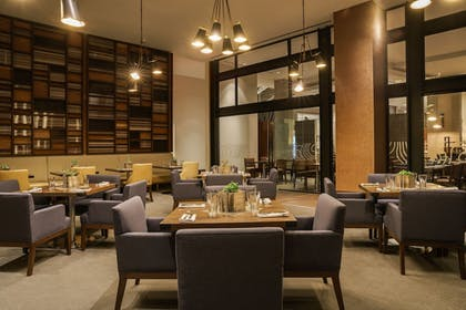Restaurant | Hyatt Regency Houston/Galleria