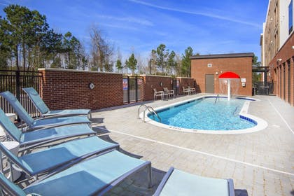 Pool | Springhill Suites by Marriott Wilmington Mayfaire