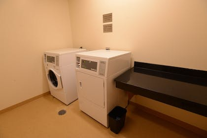 Laundry Room | Fairfield Inn & Suites Bowling Green