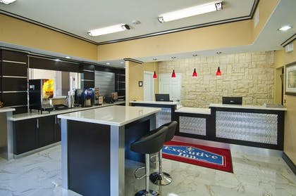 Reception | Executive Inn and Suites Tyler