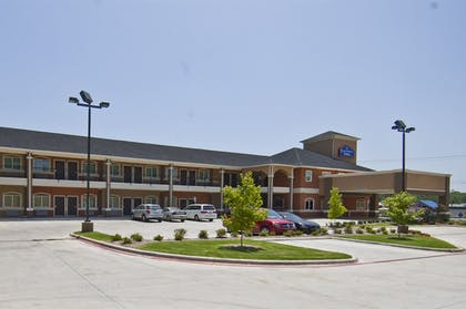 Exterior | Executive Inn and Suites Tyler