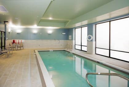 Indoor Pool | Holiday Inn Express & Suites Pittsburgh North Shore