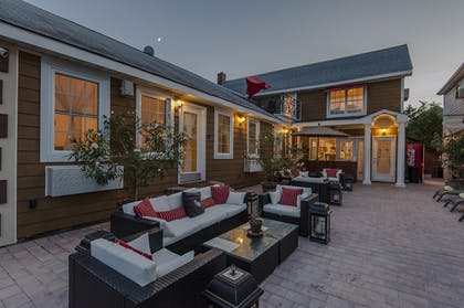 Courtyard | The Palms Hotel Fire Island
