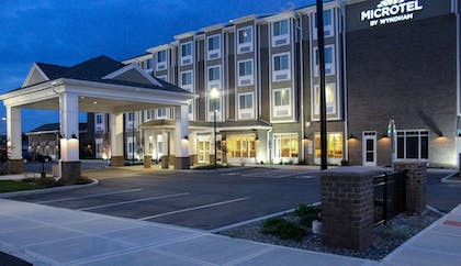 Hotel Front - Evening/Night | Microtel by Wyndham Penn Yan Finger Lakes Region