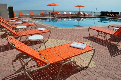 Pool | Best Western Plus Daytona Inn Seabreeze Oceanfront