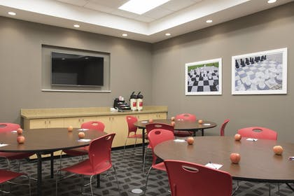Meeting Facility | TownePlace Suites by Marriott Champaign Urbana/Campustown