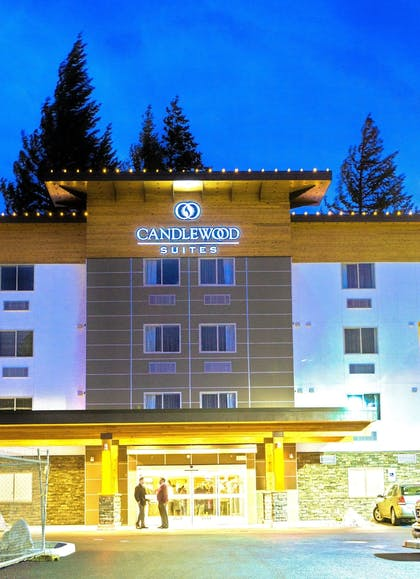Hotel Front | Candlewood Suites Vancouver-Camas
