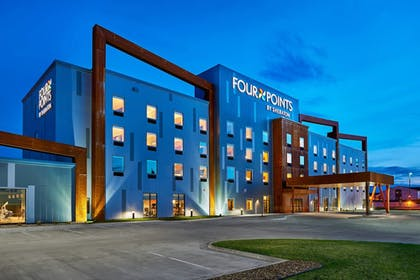 Featured Image | Four Points by Sheraton Fargo Medical Center
