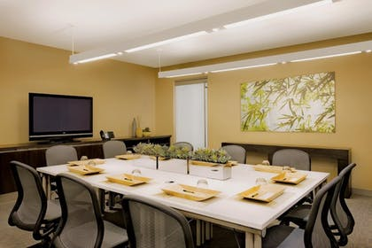 Meeting Facility | Element Boston Seaport District, a Marriott Hotel