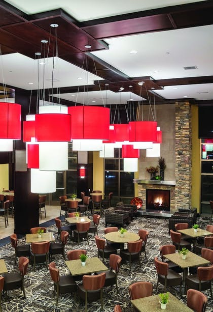 Lobby Sitting Area | ClubHouse Hotel & Suites - Fargo