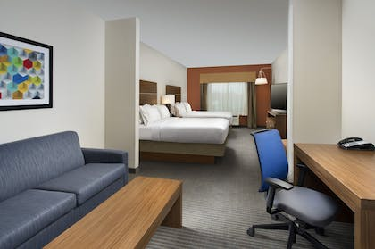 Guestroom | Holiday Inn Express & Suites Bay City