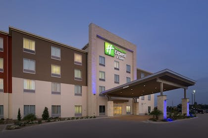 Featured Image | Holiday Inn Express & Suites Bay City