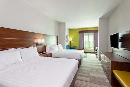 Guestroom | Holiday Inn Express & Suites Houston Medical Center