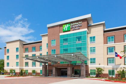 Featured Image | Holiday Inn Express & Suites Houston Medical Center