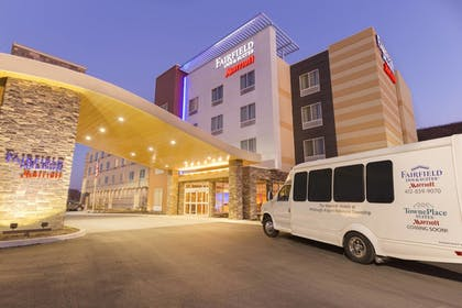 Hotel Front - Evening/Night | Fairfield Inn & Suites Pittsburgh Airport/Robinson Township