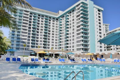Front of Property | Seacoast Suites on Miami Beach