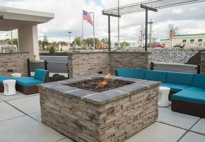 Terrace/Patio | Springhill Suites Buffalo Airport