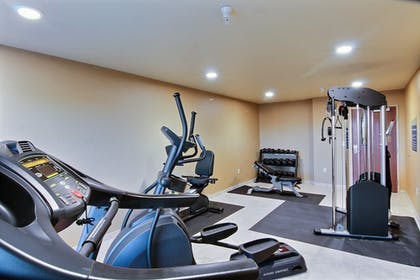 Fitness Facility | Cobblestone Hotel & Suites - Beulah
