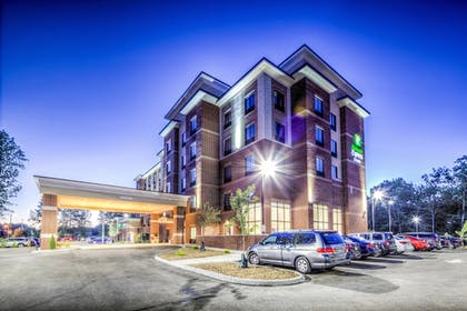 Featured Image | Holiday Inn Express & Suites Cleveland West - Westlake