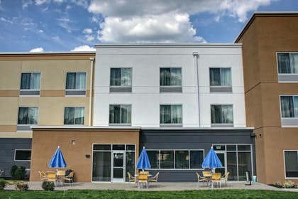 Exterior | Fairfield Inn & Suites Reading Wyomissing