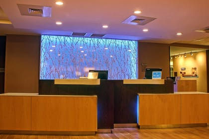 Lobby | Fairfield Inn & Suites Reading Wyomissing