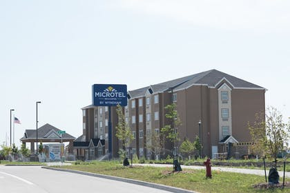 Exterior | Microtel Inn & Suites by Wyndham West Fargo Medical Center