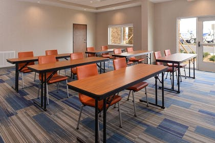 Meeting Facility | Holiday Inn Express & Suites Trinity