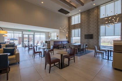 Lobby Sitting Area | Hyatt Place Asheville/Downtown