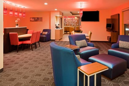 Lobby | Towneplace Suites Sioux Falls South