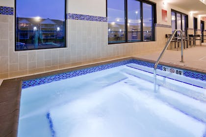 Indoor Spa Tub | Towneplace Suites Sioux Falls South