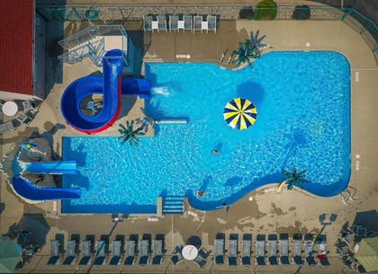 Outdoor Pool | Wingate by Wyndham Wisconsin Dells