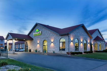 Exterior | Wingate by Wyndham Wisconsin Dells