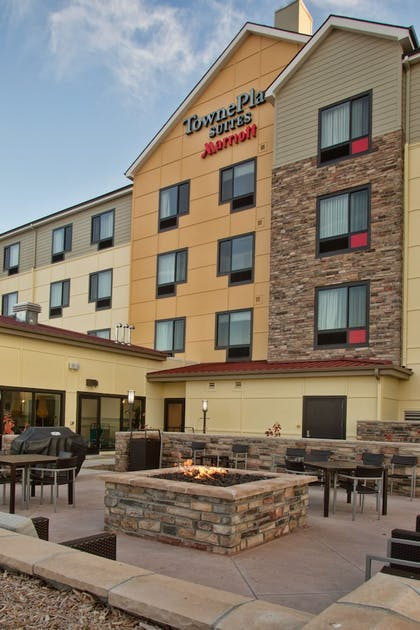 Reception | TownePlace Suites by Marriott Lincoln North