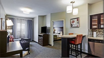 Guestroom | Staybridge Suites Fort Worth - Fossil Creek