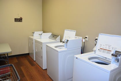 Laundry Room | Roosevelt Inn and Suites