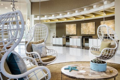 Lobby | Playa Largo Resort & Spa, Autograph Collection